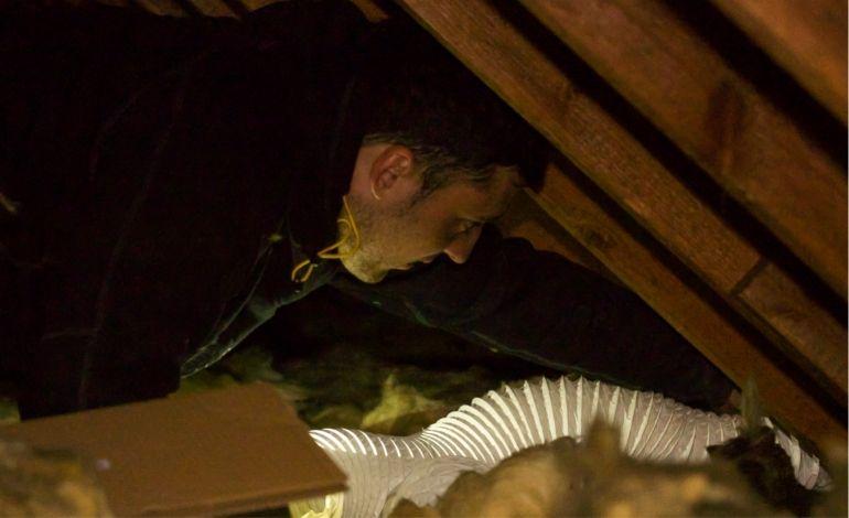 fitting extractor fan ducting in loft